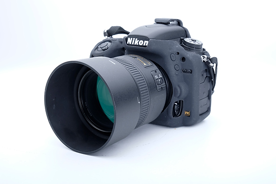 Nikon D750 vs Nikon D4 @ ISO 100 and ISO 12800
